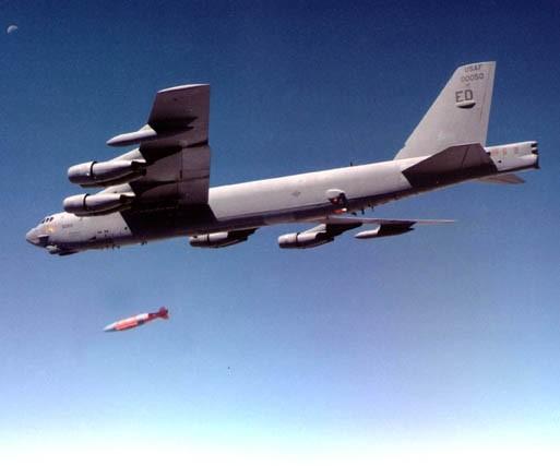 B52 droping GBU